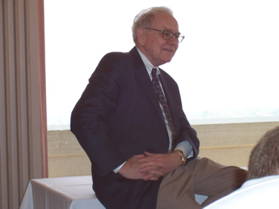 WarrenBuffettKU2005.jpg