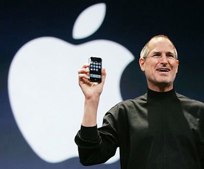steve-jobs_iphone.jpg